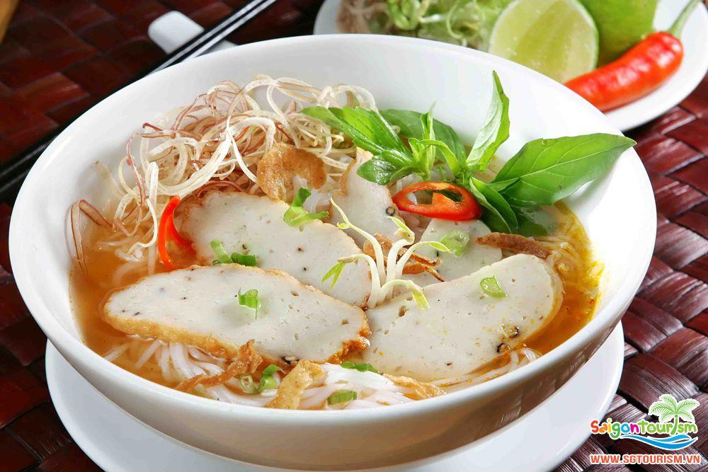 Bạn đừng bỏ lỡ món ăn truyền thống của miền quê hương cát trắng Nha Trang này nhé