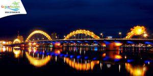 Cầu Rồng tại Đà Nẵng lúc về đêm