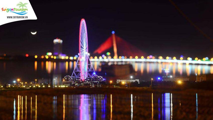 Sun Wheel Đà Nẵng lúc về đêm