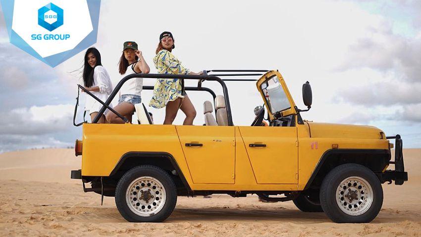 Tour xe jeep tham quan đồi cát bay Ninh Thuận đang thu hút rất nhiều khách du lịch