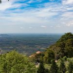 Từ Núi Tà Cú, du khách có thể ngắm nhìn toàn cảnh Bình Thuận